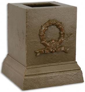 Casa Padrino Barock Deko Sockel Braun 17, 1 x 17, 1 x H. 19, 8 cm - Gusseisen Sockel im Barockstil - Barock Deko Accessoires