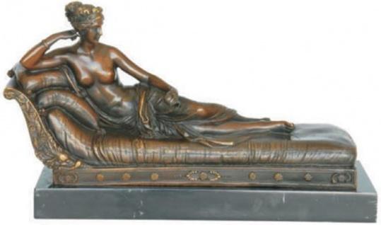 Casa Padrino Luxus Bronzefigur Pauline Bonaparte Bronze / Schwarz / Grau 32, 7 x 12, 5 x H. 18, 8 cm - Bronze Skulptur mit Marmorsockel - Deko Accessoires