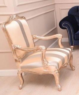 Casa Padrino Luxus Barock Sessel Beige / Silber / Gold - Prunkvoller Wohnzimmer Sessel mit Streifen - Barock Wohnzimmer Möbel - Edel & Prunkvoll