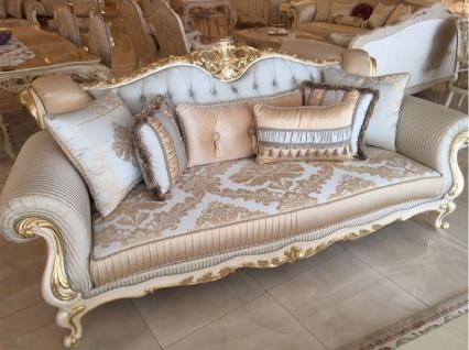 Casa Padrino Luxus Barock Sofa Hellblau / Weiß / Gold - Prunkvolles Wohnzimmer Sofa mit elegantem Muster - Barock Wohnzimmer Möbel