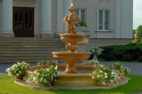 Casa Padrino Barock Gartenbrunnen Ø 445 x H. 290 cm - Prunkvoller 3-Stufiger Kunststein Springbrunnen