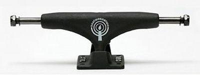 Crail Skateboard Achsen Set 133 LOW Night Sessions II F.Cristiano schwarz/schwarz (2 Achsen)