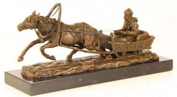 Casa Padrino Luxus Bronze Skulptur Pferd zieht Schlitten Bronze / Gold / Schwarz 42, 1 x 13 x H. 19 cm - Luxus Qualität