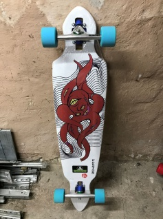 Koston Longboard Octopus Komplettboard 41.7 x 9.5 inch - 1B Ware mit Lagerspuren