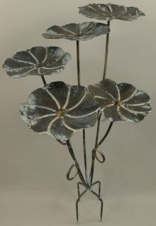 Casa Padrino Designer Metall Vogeltränke Schwarz / Grau 52 x 38 x H. 90 cm - Garten Deko Accessoires