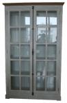 Casa Padrino Landhausstil Vitrine Antik Weiß / Naturfarben 136 x 43 x H. 222 cm - Vitrinenschrank mit 2 Glastüren und dekorativen Stangenschloß im Landhausstil