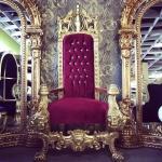 Majestätischer Harald Glööckler Luxus Barock Thron Sessel Pompöös by Casa Padrino Lion Bordeaux / Gold
