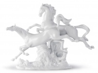 Casa Padrino Luxus Porzellan Skulptur Springende Pferde Weiß 38 x H. 30 cm - Luxus Kollektion