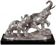 Casa Padrino Bronze Elefanten auf Holzsockel Silber / Schwarz 42 x 17 x H. 33 cm - Luxus Deko Bronzefiguren