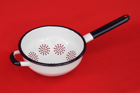 Küchensieb mit Griff Sieb 553S Weiß emailliert 22cm Emaille Abtropfsieb Abtropfschale