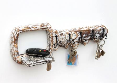 DanDiBo Schlüsselbrett mit Ablage Holz Schlüsselboard Schlüsselhaken handgemacht 1101 Bügel Holzschlüssel