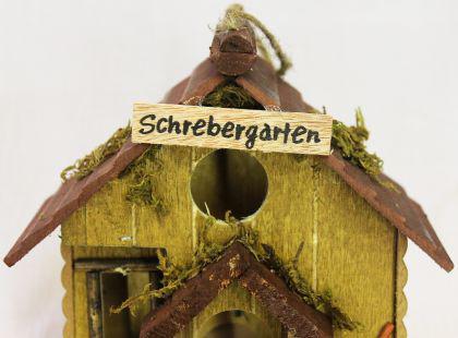 """Vogelhaus """" Schrebergarten"""" 83209 Vogelhäuschen Nistkasten a. Holz sehr dekorativ - Vorschau 4"""
