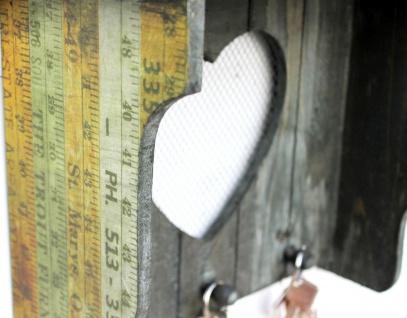 DanDiBo Schlüsselleiste mit Ablage Holz A12020 Wandregal mit Herz Schlüsselregal Schlüsselbrett Schlüsselboard Schlüsselhaken Wandkosole Vintage Shabby Hakenleiste Regal Briefablage - Vorschau 3