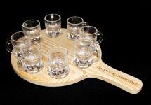 Schnapsrunde 20cm mit Gravur und 8 Gläser Schnapsbrett Schnapsleiste Schnapslatte Serviertablett