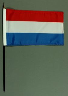 Tischflagge Luxemburg 15x25 cm BASIC optional mit Tischflaggenständer