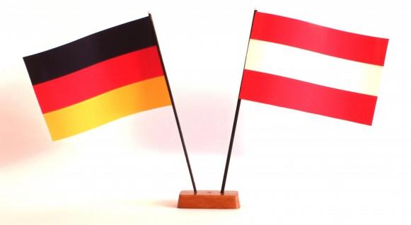 Mini Tischflagge Österreich 9x14 cm Höhe 20 cm mit Gratis-Bonusflagge und Hol...