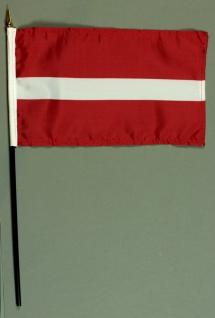 Tischflagge Lettland 15x25 cm BASIC optional mit Tischflaggenständer