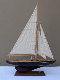 Schiffsmodell Segelyacht (blau/braun) aus Holz 63x43 cm