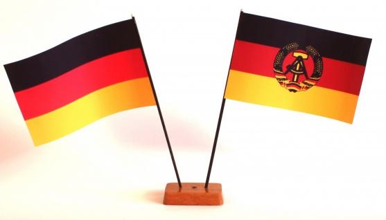 Mini Tischflagge DDR Ostalgie 9x14 cm Höhe 20 cm mit Gratis-Bonusflagge und H...
