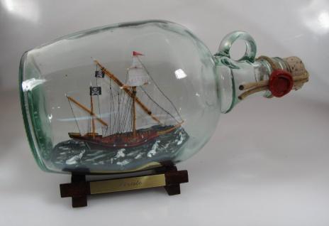 Piratenschiff weiße Segel 1, 5 Liter Buddelschiff Flaschenschiff