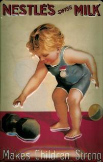Blechschild Nestle Milk Kind strong Hanteln Gewichte Milch Schild Werbeschild