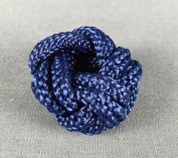 Makrameeknoten dunkelblau für Halstuch