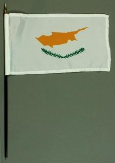 Tischflagge Zypern 15x25 cm BASIC optional mit Tischflaggenständer
