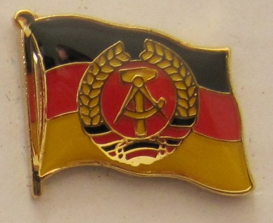 Pin Anstecker Flagge Fahne DDR Nationalflagge Flaggenpin Button Badge Flaggen...