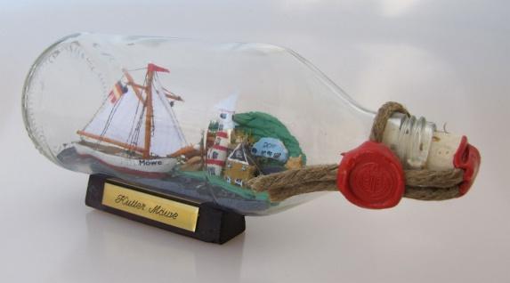 Segler mit Landschaft runde Flasche 0, 3 Liter Buddelschiff Flaschenschiff - Vorschau