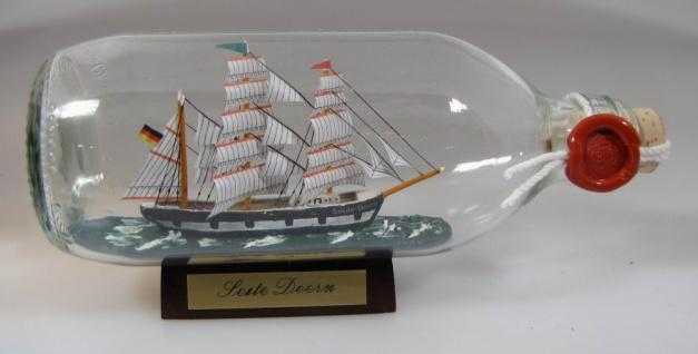 Seute Deern runde Flasche 0, 3 Liter Buddelschiff Flaschenschiff