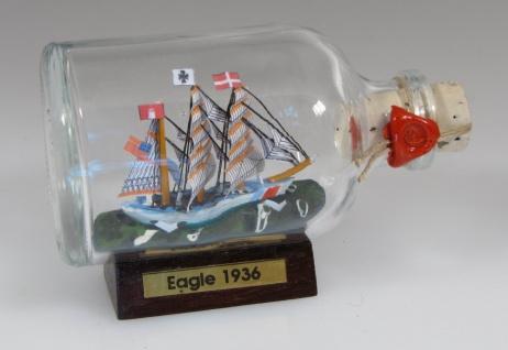 Eagle - US Coastguaed Mini Buddelschiff 50 ml ca. 7, 2 x 4, 5 cm Flaschenschiff