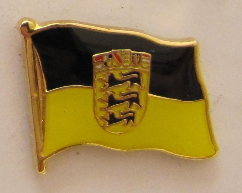 Pin Anstecker Flagge Fahne Baden Wurttemberg Landesflagge Flaggenpin Button B Kaufen Bei Buddel Bini