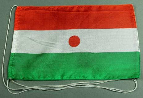 Tischflagge Niger 25x15 cm optional mit Holz- oder Chromständer Tischfahne Ti...