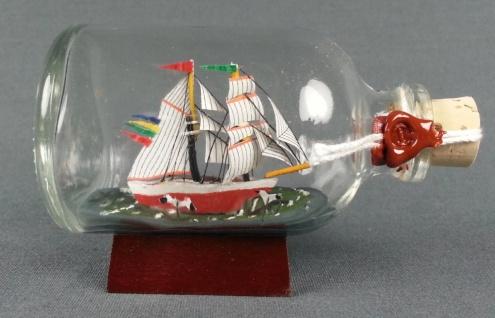Brigantine DARLING Mini Buddelschiff 50 ml ca. 7, 2 x 4, 5 cm Flaschenschiff