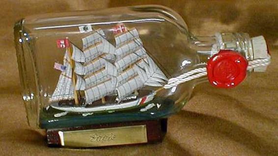 Eagle USA Coastguard Buddelschiff Flachmann 0, 1 Liter ca. 14x7 cm Buddelschif...