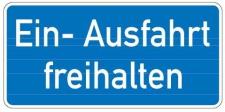 Aluminium Schild Ein- Ausfahrt freihalten 170x350 mm geprägt