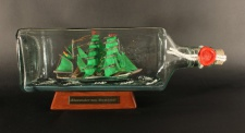 Alexander von Humboldt eckige Ginflasche 0, 7 Liter Buddelschiff Flaschenschiff
