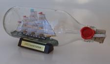 USS Constitution runde Flasche 0, 3 Liter Buddelschiff Flaschenschiff