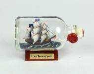Endeavour Captain Cook Mini Buddelschiff 50 ml ca. 7, 2 x 4, 5 cm Flaschenschiff