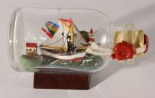 1-Mast Segler mit Landschaft Mini Buddelschiff 20ml 5, 3x3 cm Flaschenschiff