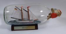 Gloria Schoner runde Flasche 0, 3 Liter Buddelschiff Flaschenschiff