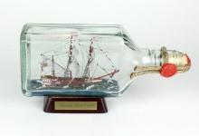 Susan Constant USA eckige Ginflasche 0, 375 Liter Buddelschiff Museumsqualität