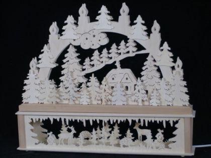 Schwibbogen verschneite Hütte