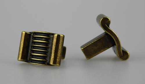 Möbelknopf Schrankknopf Schubladenknopf aus Metall - Antik Messing - Höhe 23 mm