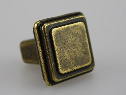 Möbelknopf Schrankknopf Schubladenknopf aus Metall - Antik Messing - Höhe 25, 5 mm