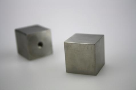 Möbelknopf Schubladenknopf Schrankknopf - massiv Edelstahl - matt gebürstet - Länge 25 mm