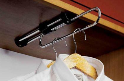 Garderobenauszug Kleiderstange Kleiderlüfter Bügelhalter - schwarz, verchromte Rohre, Auszuglänge - 30cm