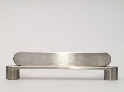 Möbelgriff Bügelgriff massiv Edelstahl Durchmesser 32mm matt gebürstet verschiedene Lochabstände