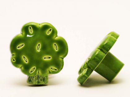 Möbelknopf Schrankknopf fürs Kinderzimmer Modell Grüner Baum Gesamtbreite 35mm