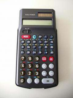 Wissenschaftlicher Taschenrechner mit Dual-Power Betrieb